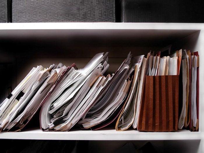 Un climat de travail toxique se caractérise par une tâche excessive.