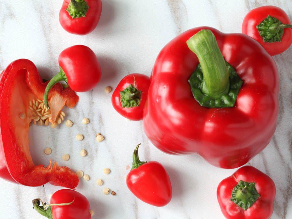 Limitez le risque de coup de soleil avec les poivrons rouges.