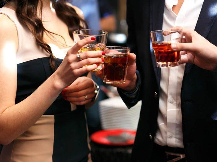 Désir sexuel: évitez l'alcool pour ne pas baisser votre libido.