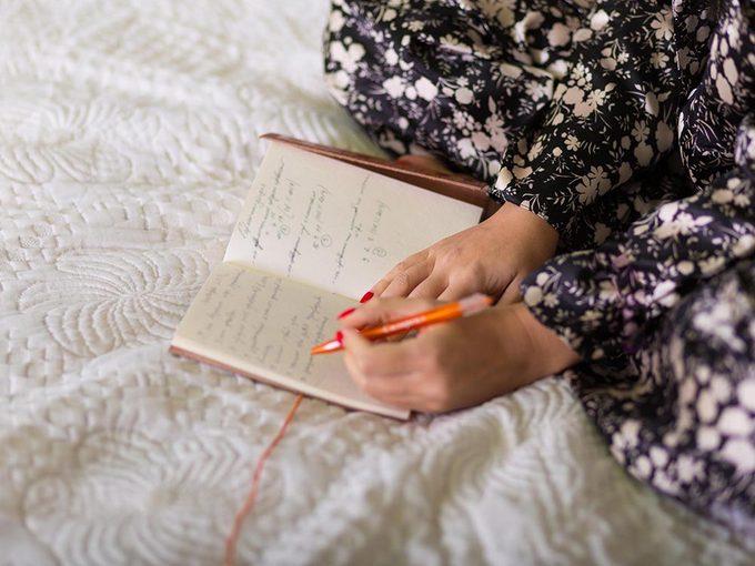 Faire une liste pour mieux dormir.