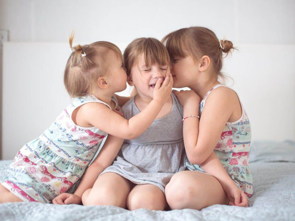 Enfant du milieu: l'ordre de naissance n'a pas autant d'impact qu'on le pense.
