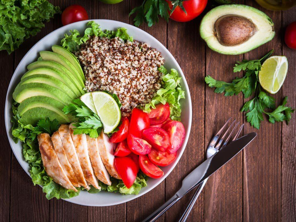Evitez d'engraisser en mangeant sainement.