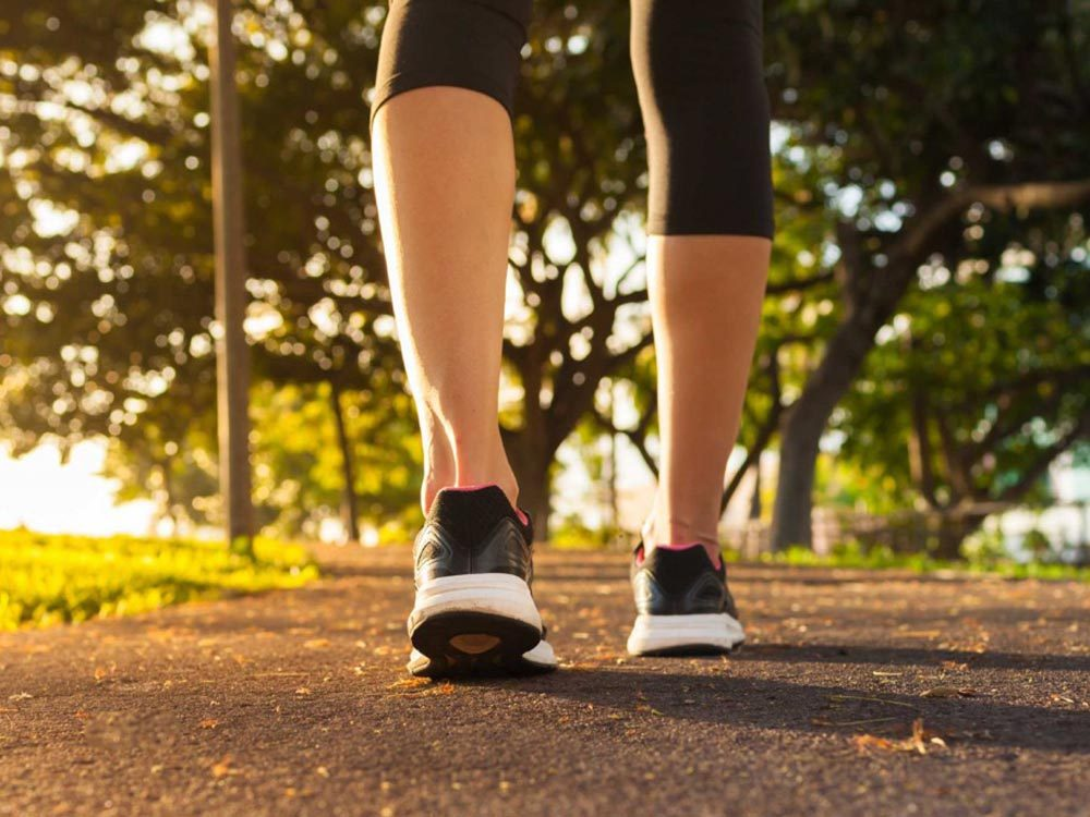 Exercice pour le cerveau: la marche à pied.