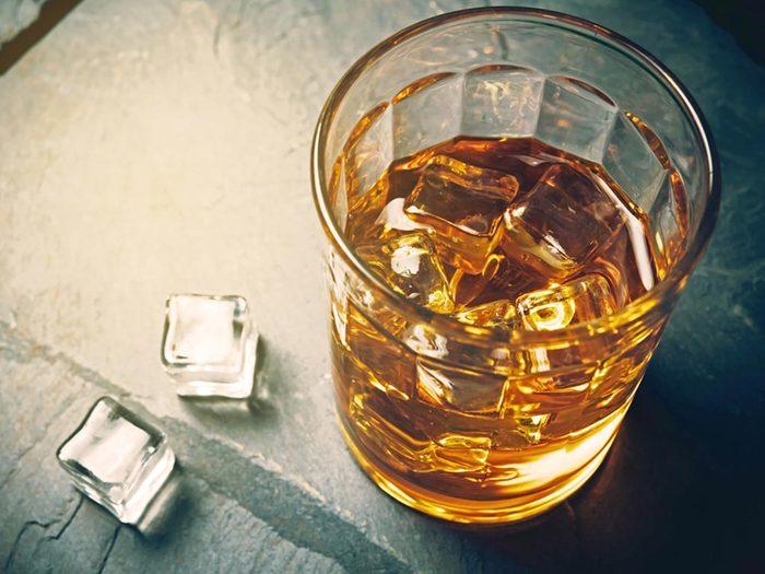 Vous ressentirez plus la fatigue en buvant de l'alcool.