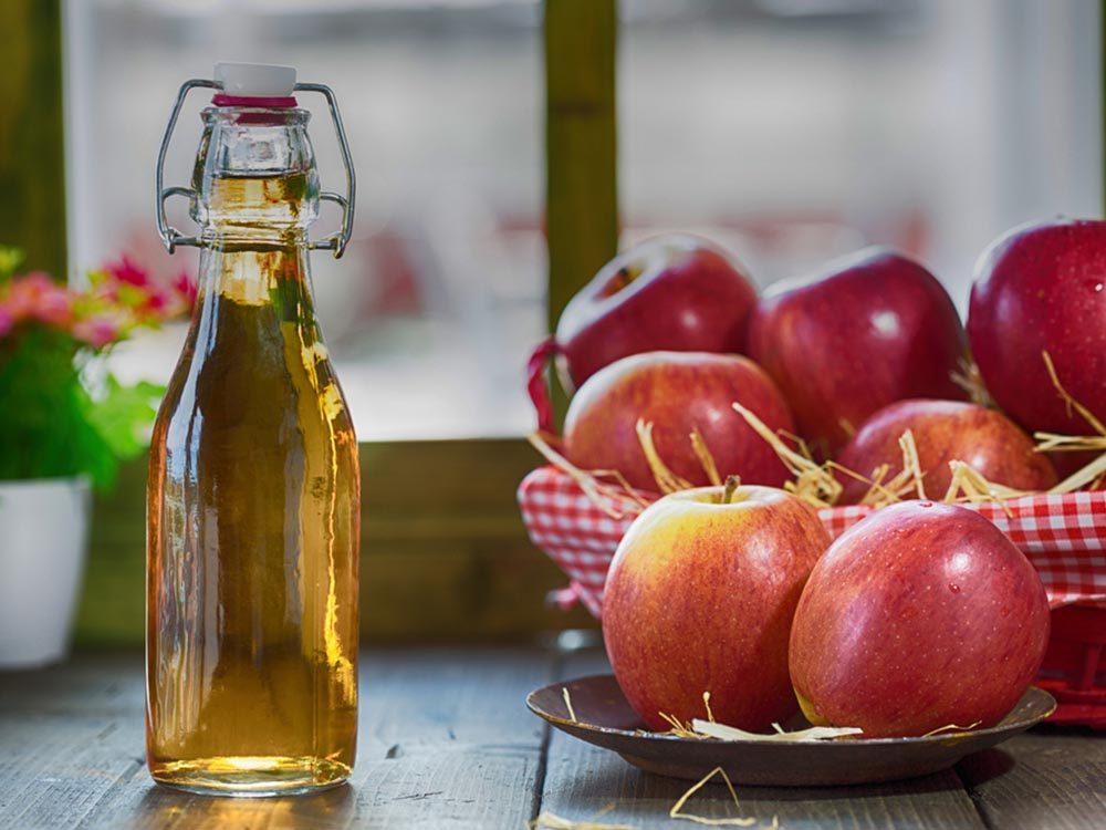 Truc anti-fatigue pour avoir plus d'énergie: le cidre de vinaigre de pommes.