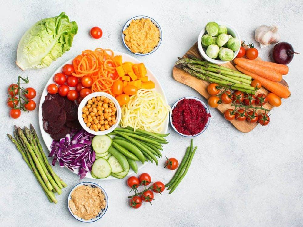 Apprenez à reconnaitre les faux aliments santé.