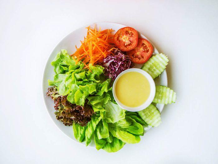 Faux aliments santé: les vinaigrettes allégées.