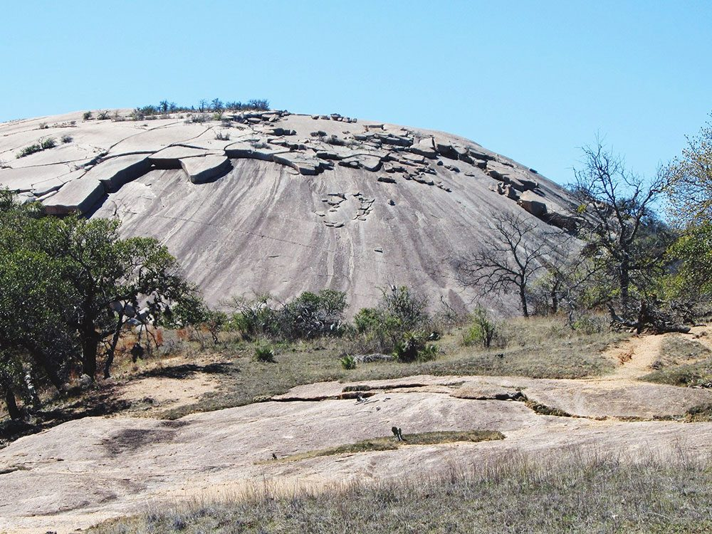 La roche enchantée au Texas est l'une des plus belles formations rocheuses naturelles à travers le monde.