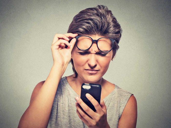 Symptôme de la cataracte: la vision est double.