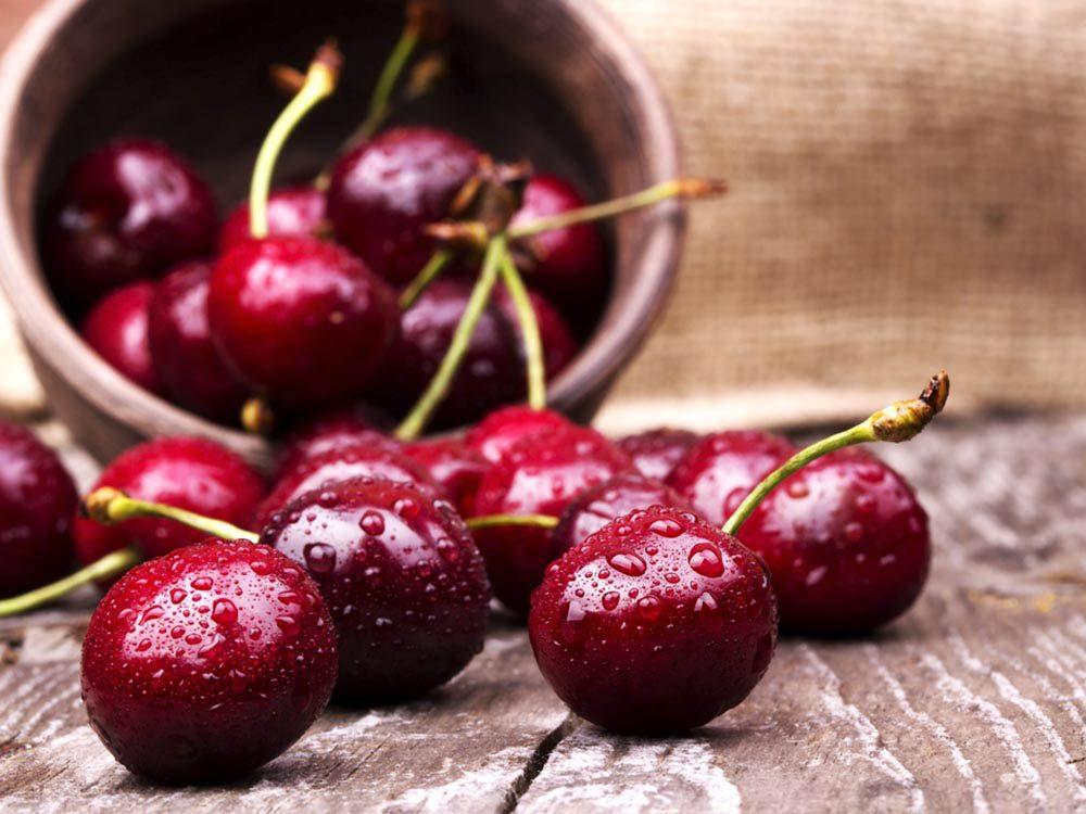 Si vous souffrez de la goutte, privilégiez les cerises dans votre alimentation.