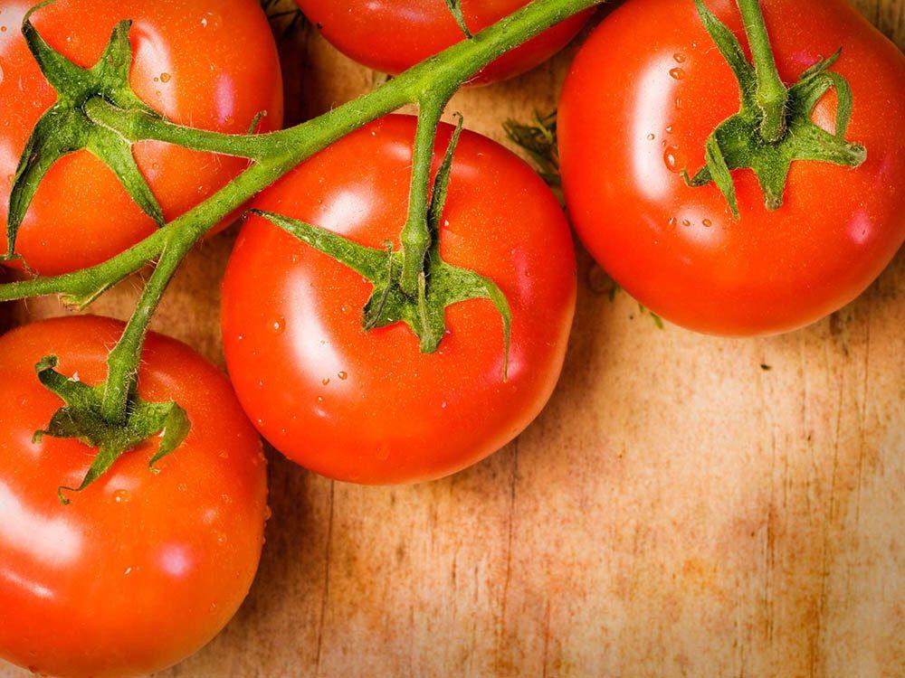 Si vous souffrez de la goutte, favorisez les tomates dans votre alimentation.