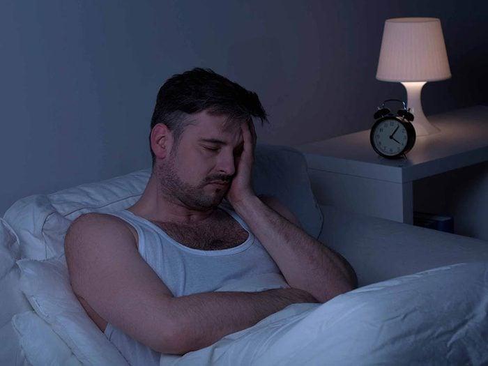 La leucémie peut causer des sueurs en pleine nuit.