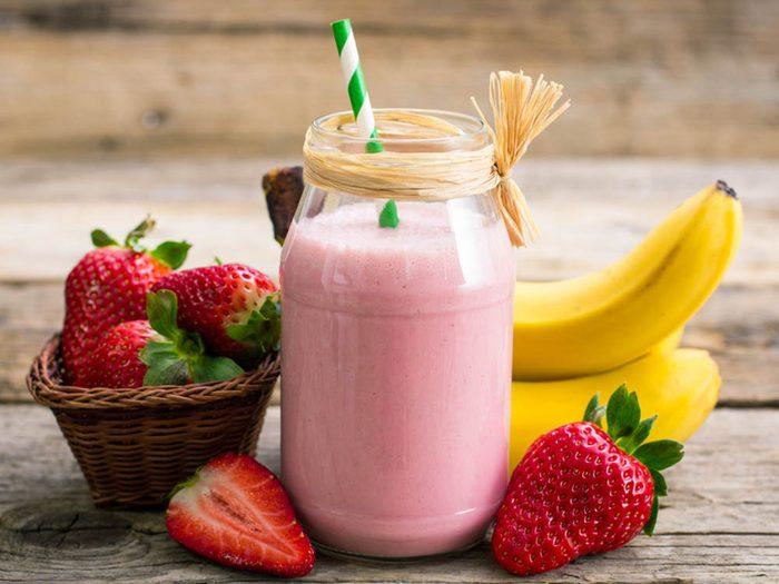 Pour manger des fruits, préparez-les en smoothie.