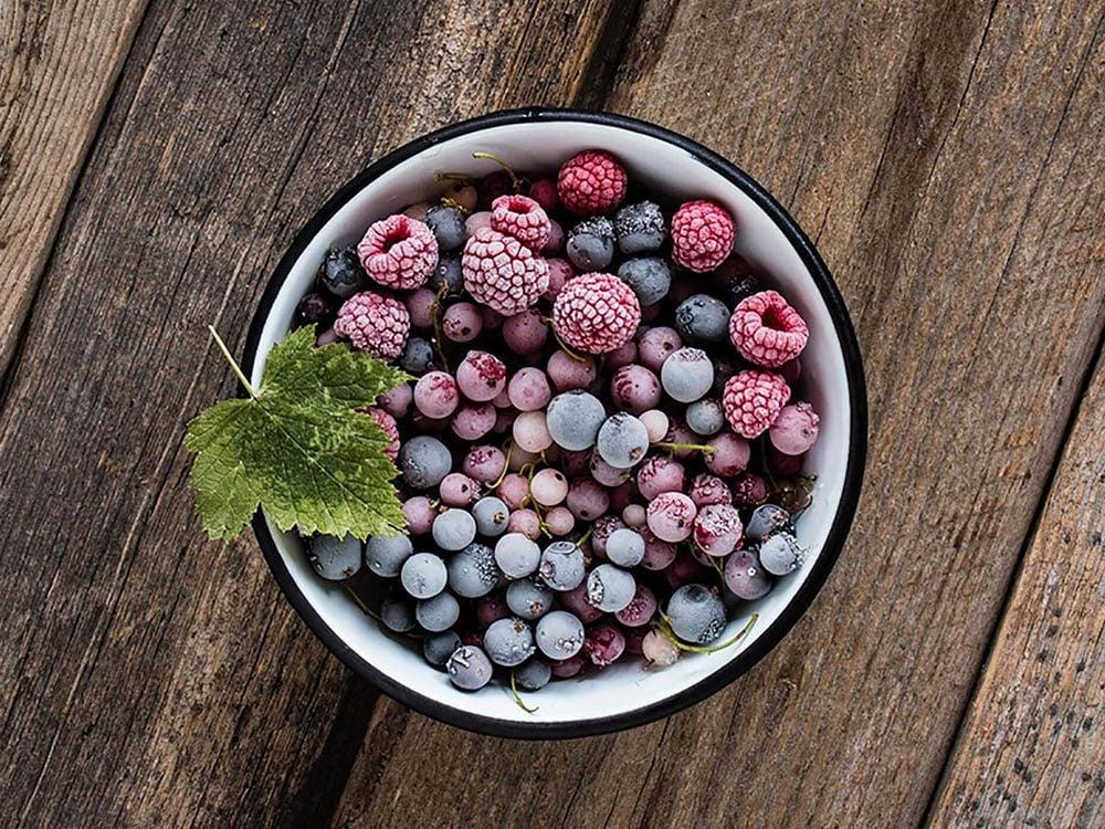 Pour manger des fruits plus souvent, vous pouvez en congeler.