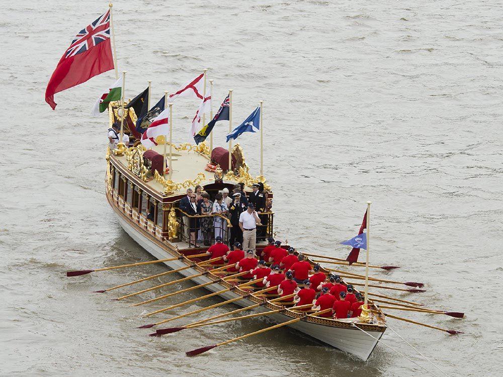 Métiers royaux: Maître de barge de la reine.