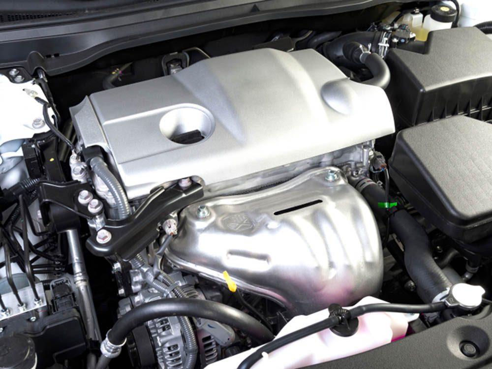 Mythe sur l'automobile: ne pas avoir besoin de changer l'huile.