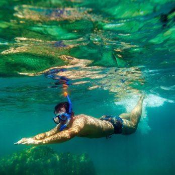 Nager dans l'océan peut rendre malade