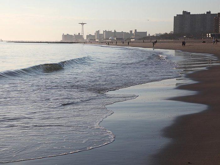Essayez les plages de New York.