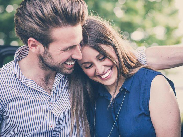 Les relations sexuelles aident à réduire les douleurs menstruelles.