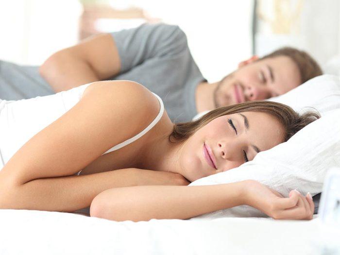 Les relations sexuelles aident à lutter contre l'insomnie.