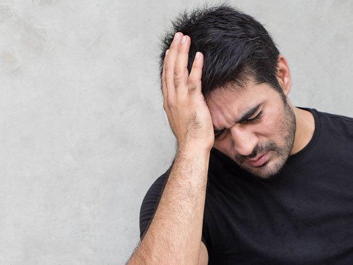 Signification des rêves: un cauchemar peut être causé par une migraine.