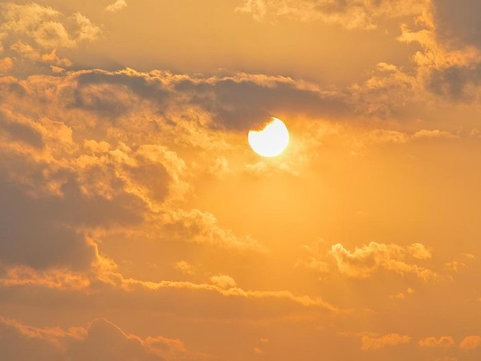 Le solstice d'été est une expression latine.