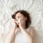 7 conséquences de dormir sur un vieux matelas