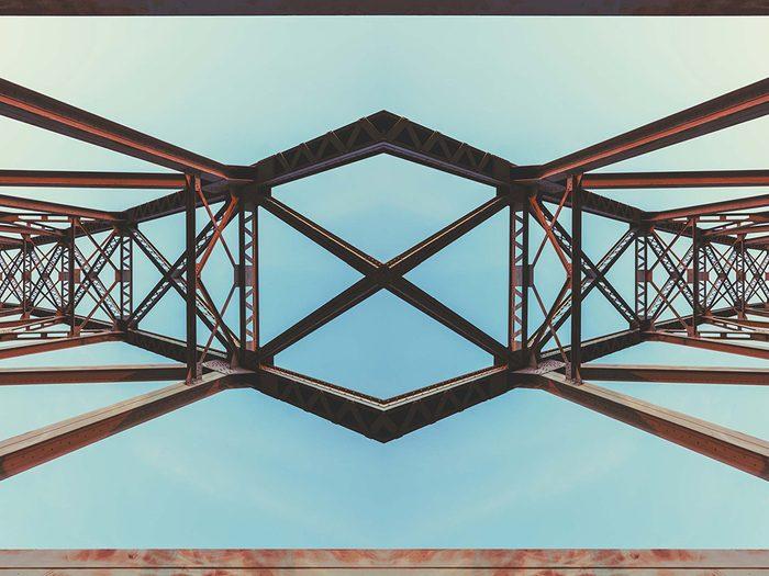 La symétrophobie est la peur de la symétrie, bref de la beauté trop parfaite!
