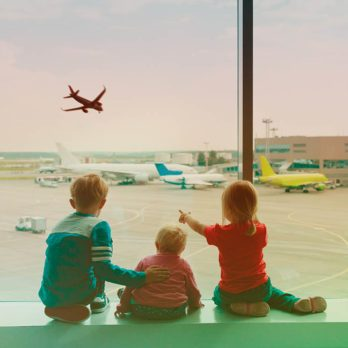 L'aéroport d'Edmonton a installer un zone pour les enfants.