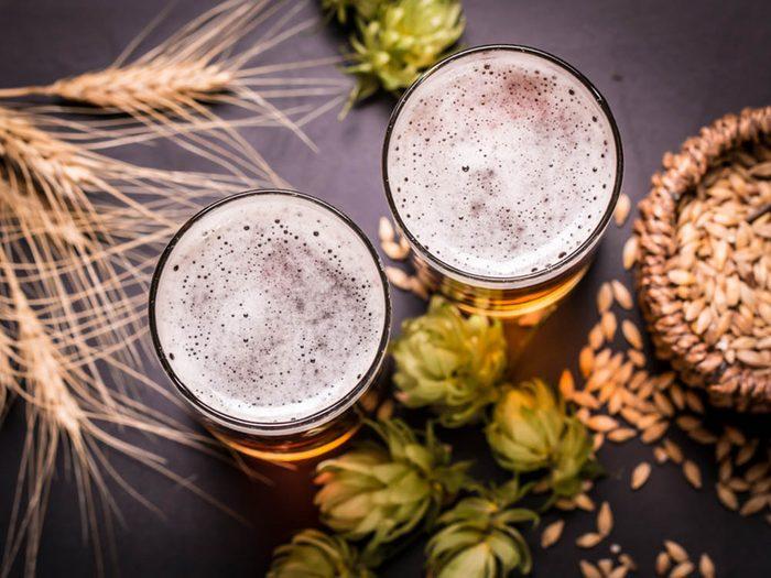 Avant l'allaitement, buvez une bière sans alcool.