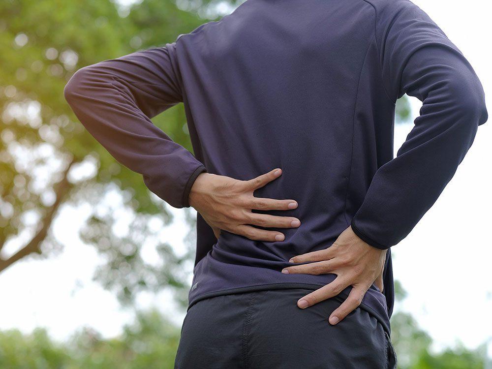 Les douleurs abdominales etles mauxdedos pourraient être un symptôme du cancer du pancréas.