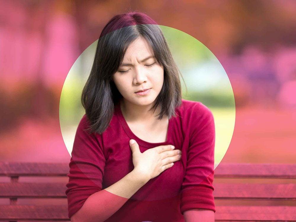 Un traumatisme à la poitrine peut causer une douleur aux seins.
