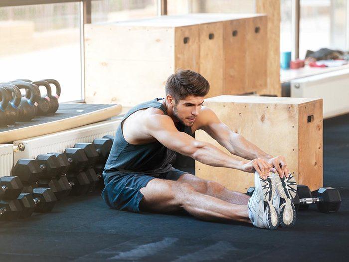 Lors de l'étirement, concentrez vos efforts sur le muscle.