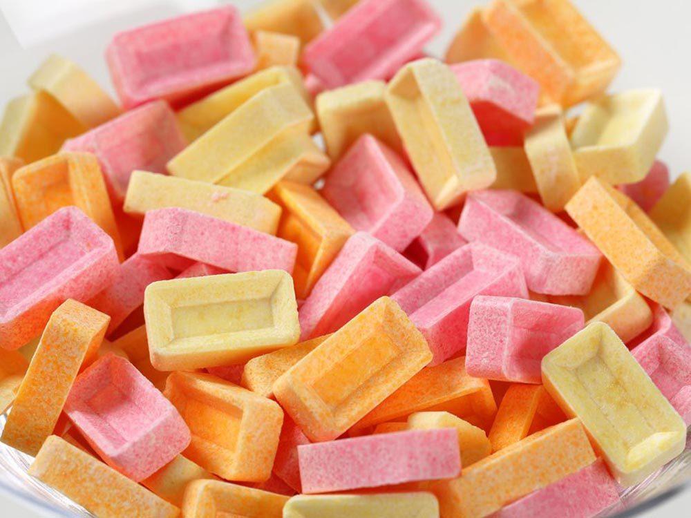 Fait insolite: Les distributeurs de bonbons PEZ ont été créés pour aider les fumeurs à arrêter.