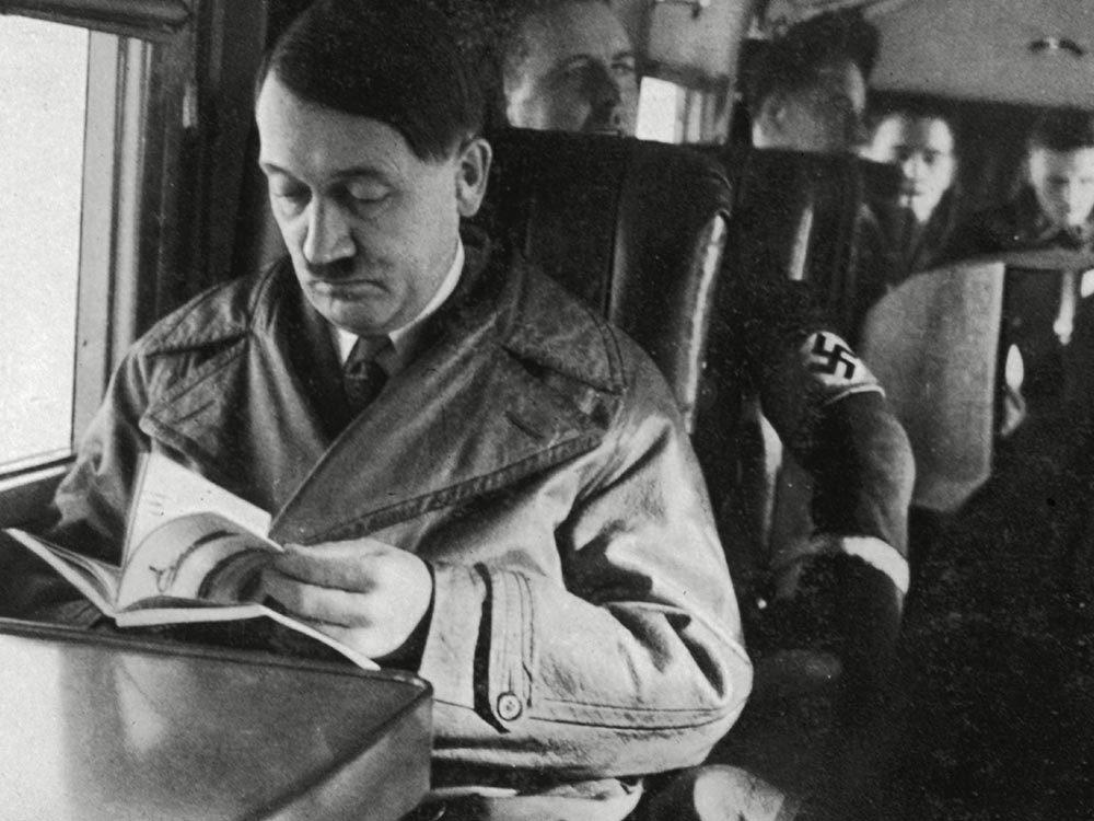 Fait insolite: Adolf Hitler a été nommé pour recevoir un prix Nobel.
