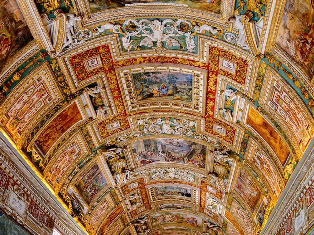 Fait insolite: Michel-Ange a détesté peindre la chapelle Sixtine.