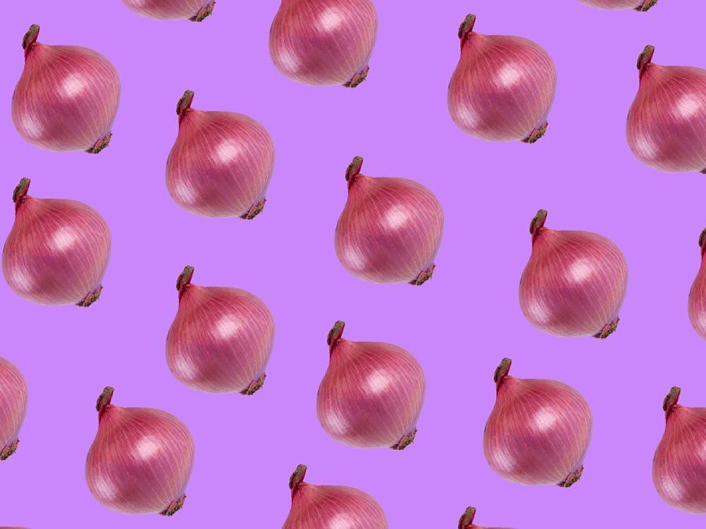 Fruits et légumes frais: conservez les oignons dans des collants.