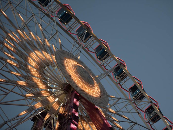 Histoires de fantômes: La grande roue solitaire