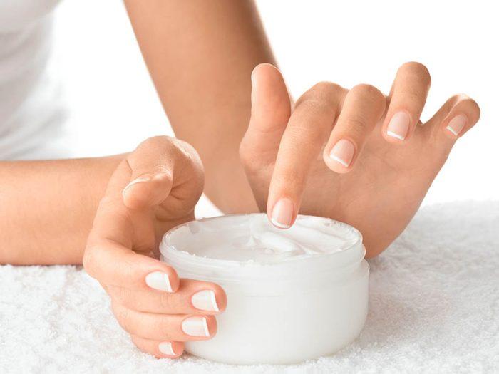 Pour avoir une peau saine: utilisez des produits à votre peau.
