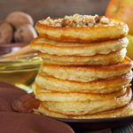 Recette de crêpes aux pommes, aux noix et à la farine d'épeautre