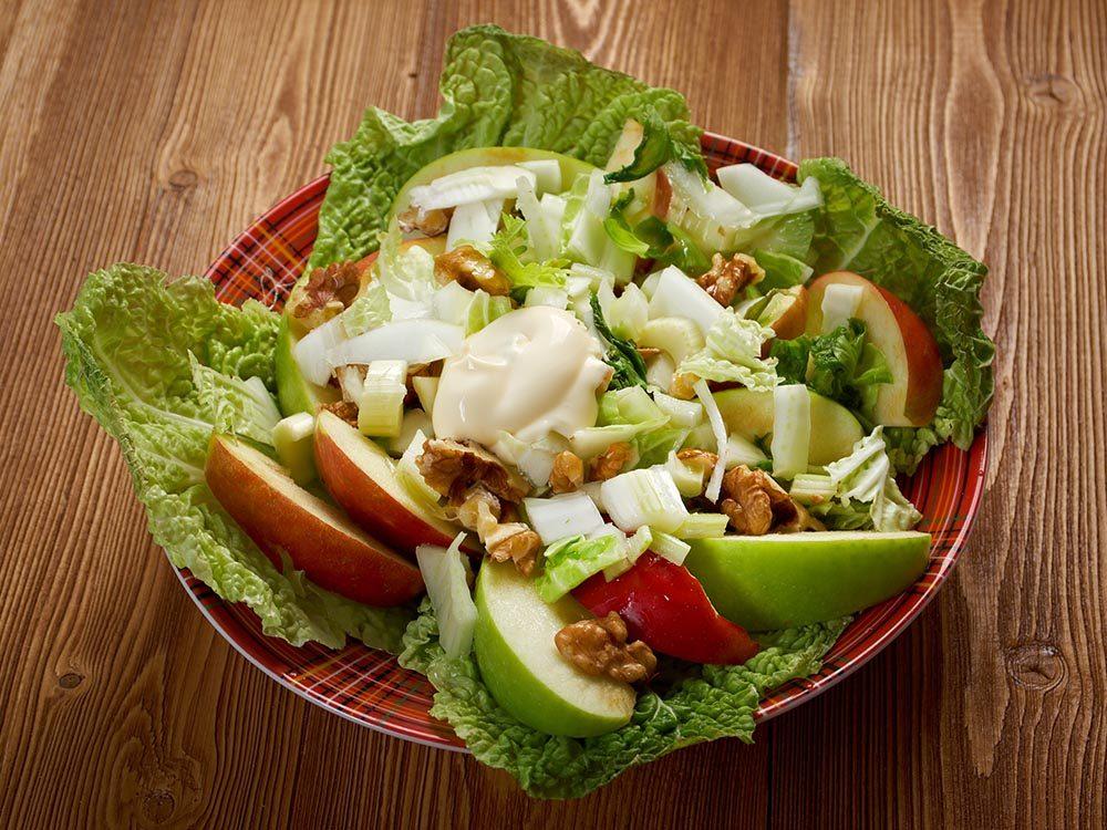 Recettes avec des pommes: essayez la salade d'endives.