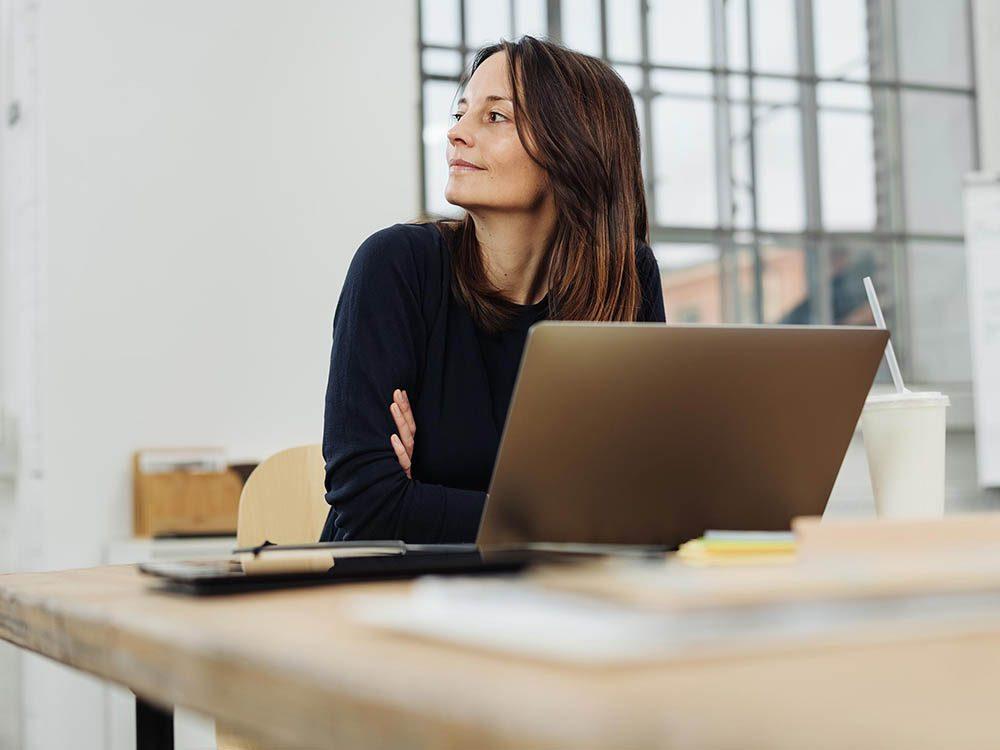 Les risques de développer un cancer sont plus élevés si vous êtes employé de bureau.