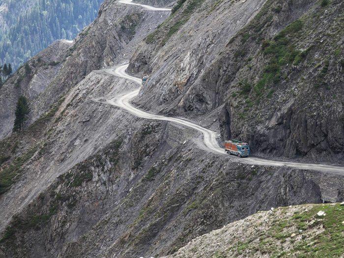 L'une des routes les plus dangereuses du monde se trouve en Inde.