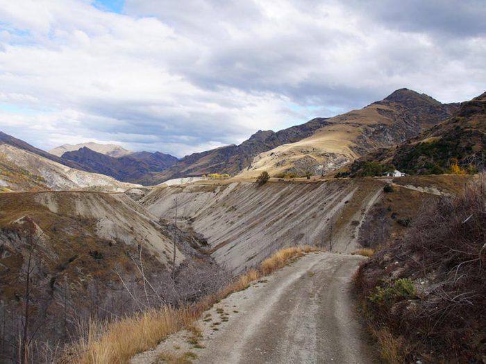 L'une des routes les plus dangereuses du monde se trouve en Nouvelle-Zélande.