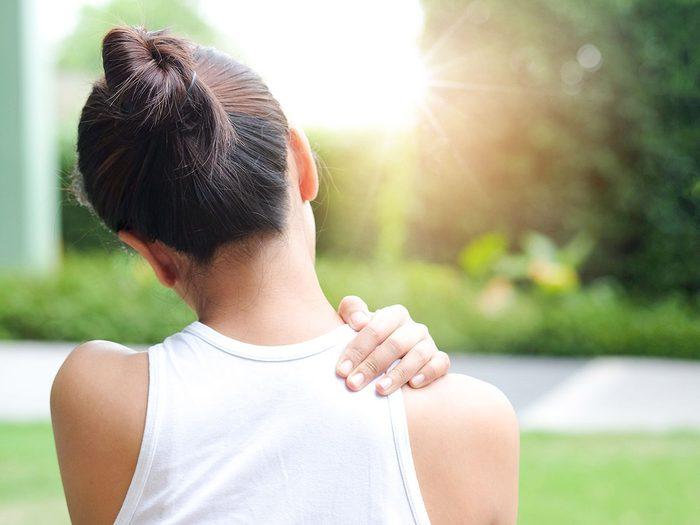 Avoir une douleur dans tout le corps peut être un symptôme de septicémie.