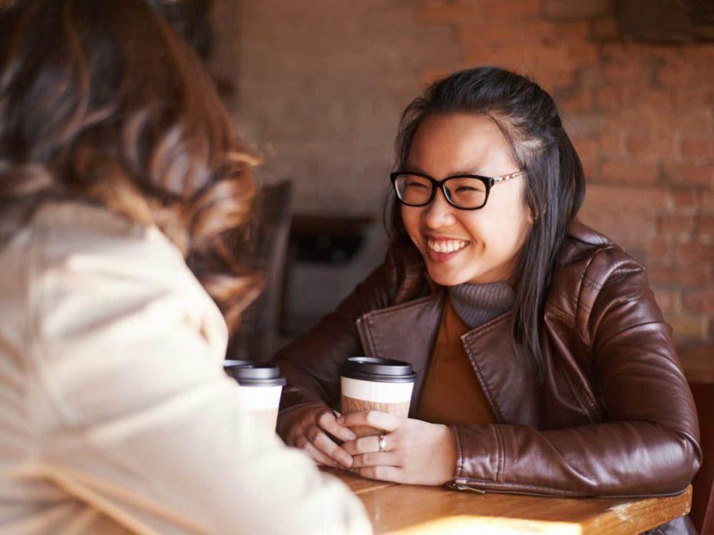 Pour vous sentir plus à l'aise en société, faites le bilan de ce que vous avez de mieux en vous.
