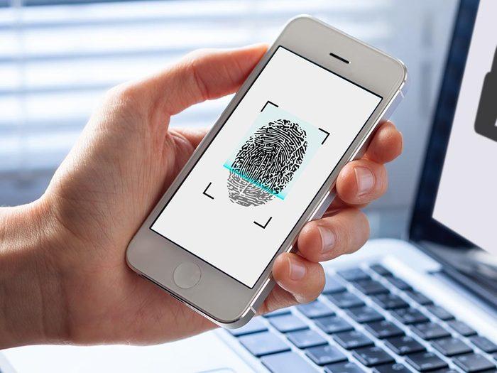 Les informations personnelles enregistrées dans votre téléphone intelligent sont récupérée par le fabricant.