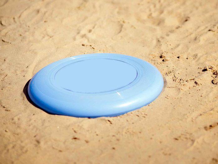 Pour un week-end réparateur, gardez un frisbee dans votre auto.