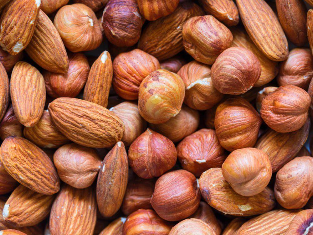 Aliment santé: mangez des noix en petite quantité seulement.
