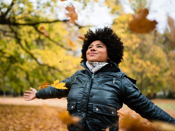 En automne, ressortez vos écharpes douces.